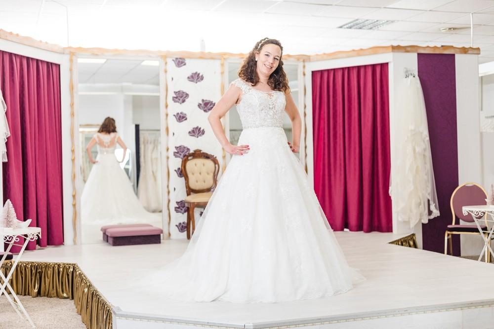 Brautmode Frühjahr 2019 Moni's Braut- und Abendmoden Hamm