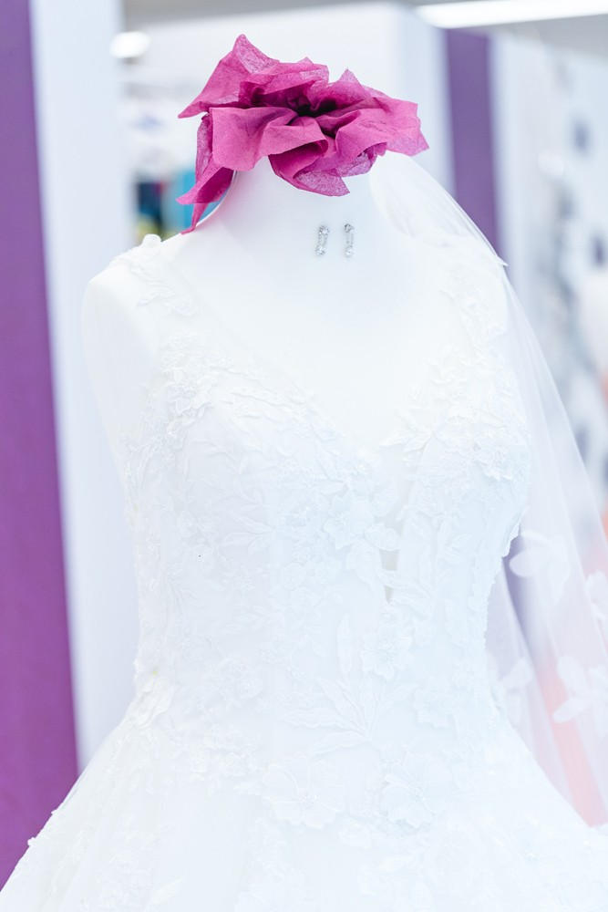 Moni's Braut- u. Abendmoden Brautkleider - Schützenfestkleider - Abendkleider in Hamm
