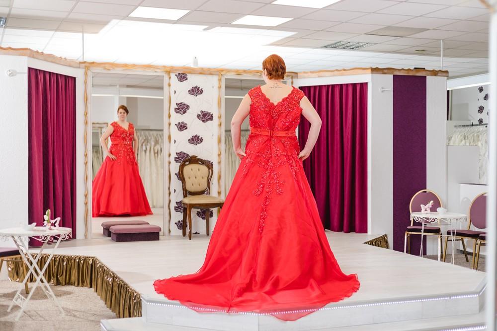 Schützenköniginnenkleid Schützenfest Hamm Festkleid Rot