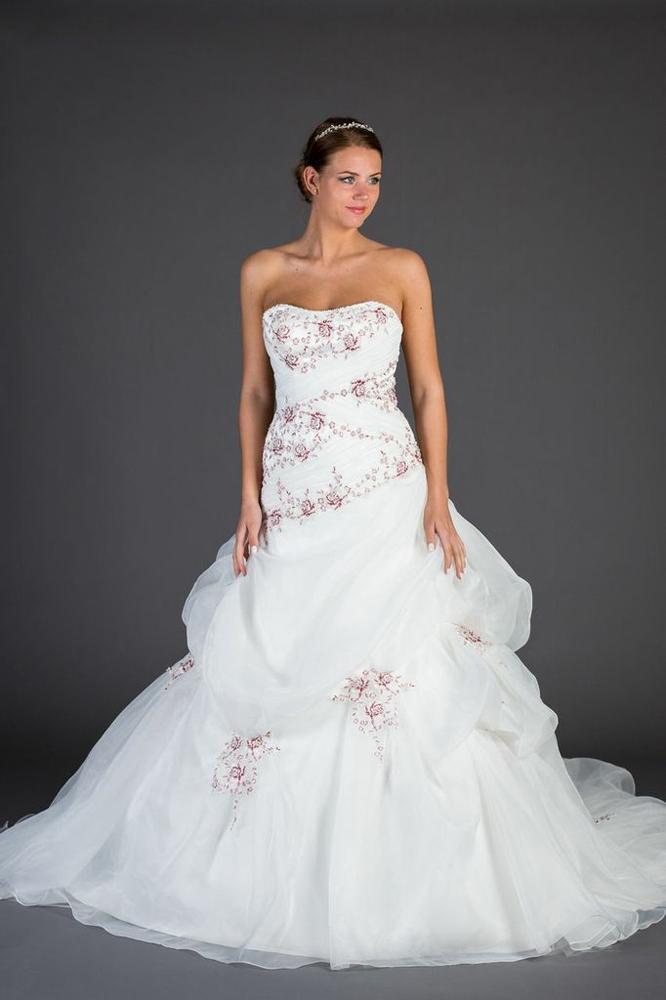 Brautkleid günstig reduziert Hamm Moni's Braut- und Abendmoden Fundgrube